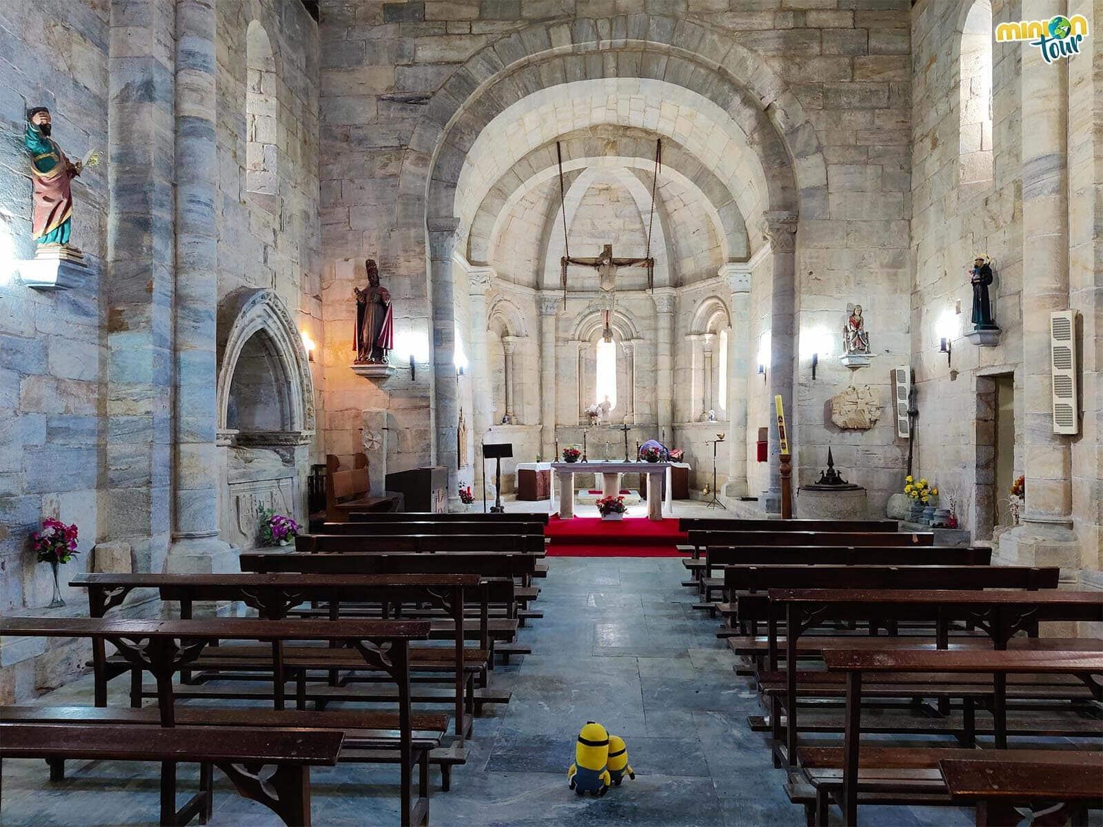 Interior de la Iglesia de San Pedro Fiz de Hospital do Incio