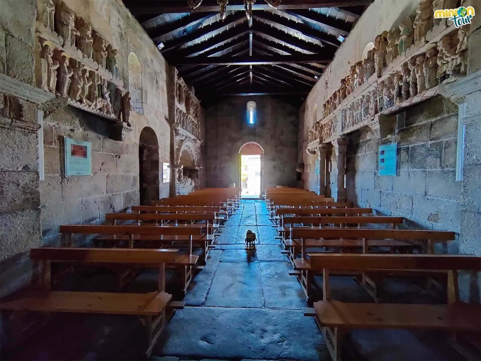 Los baldaquinos de la Iglesia de San Xulián de Ventosa son una pasada