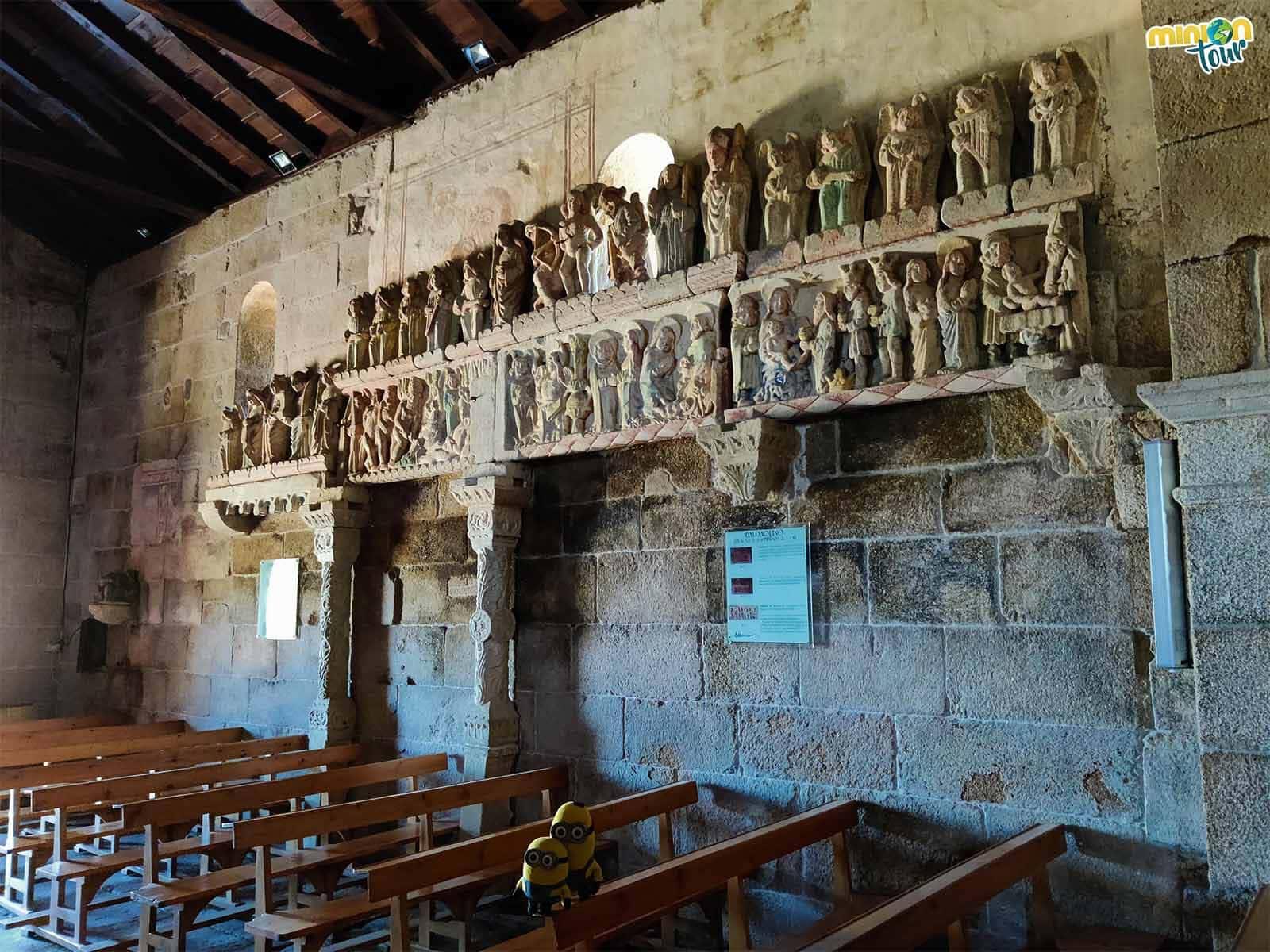El baldaquino de la Iglesia de San Xulián de Ventosa es impresionante
