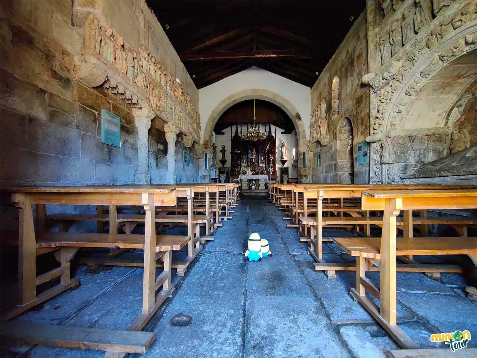 El interior de la Iglesia de Ventosa de Agolada está lleno de sorpresas