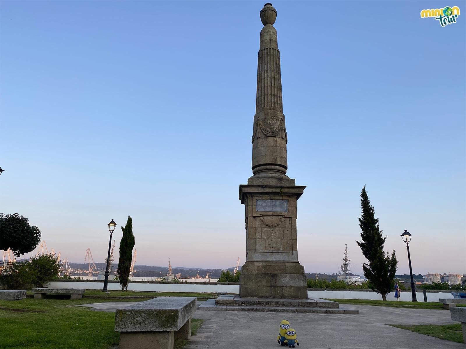 Este obelisco y sus jardines están en un rincón muy cuqui de Ferrol