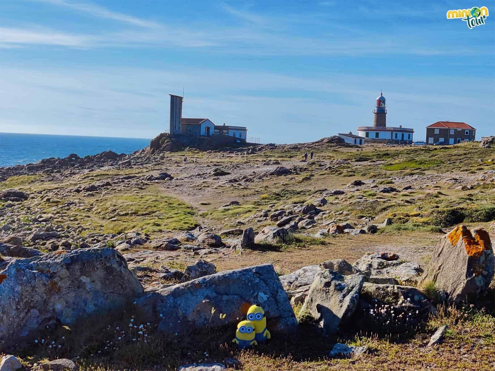 El Faro de Corrubedo es uno de los faros más chulis de la costa de Galicia