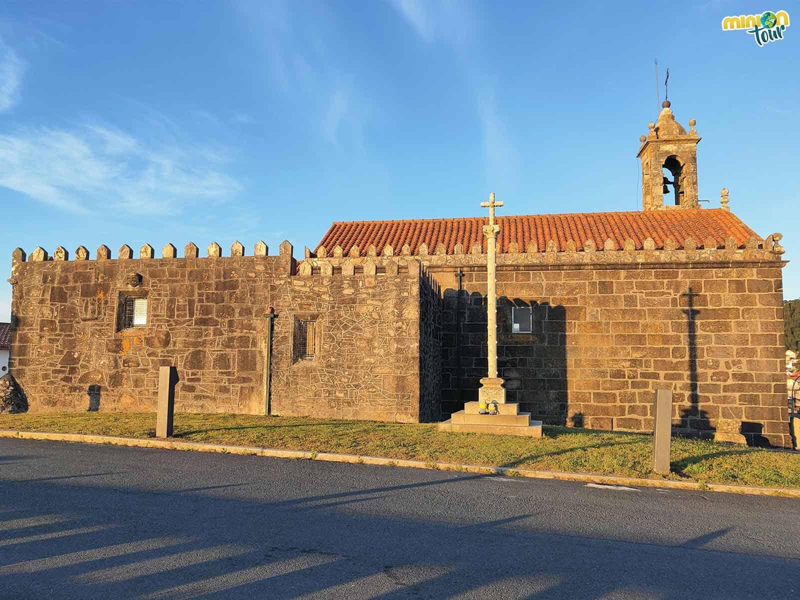 La Capilla de la Atalaya es un rinconcito cuqui que ver en Porto do Son